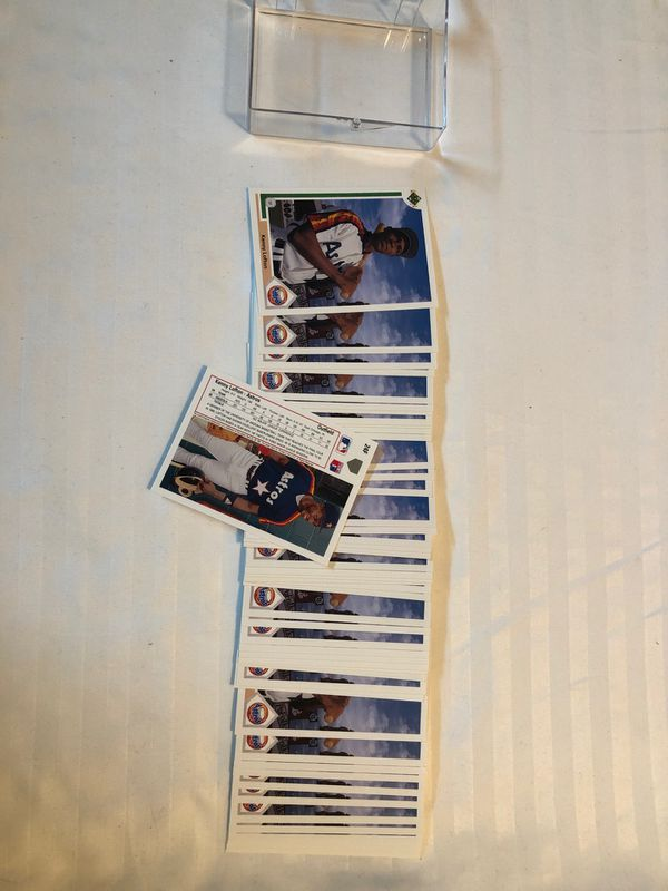 Upper Deck 1994 Kenny Lofton Rookie Card 24f. 48 pieces