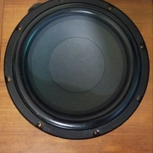 Klipsch SW-450 Subwoofer Speaker In Excellent Condition for Sale in Los Angeles, CA
