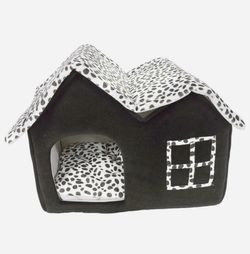 New Winner Pet Cat Dog House Kennel Sleeping Bed Super Soft British M Coffee for Sale in Austin,  TX