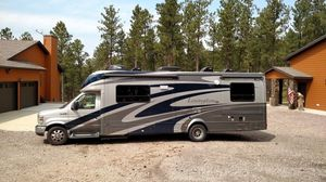 2O1O Forest River Lexington GTS 283TS Class C RV for Sale in New York, NY