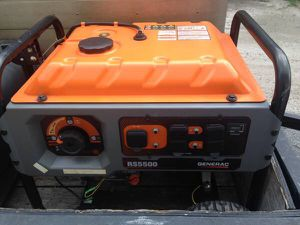 Generac Generator RS5500 (PRICED LOW BECAUSE OF CORD....READ!!!) for Sale in Orlando, FL
