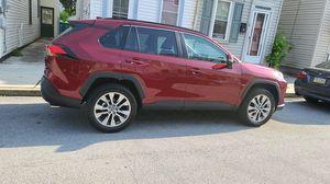 Toyota rav4 xle 2020 for Sale in CARLISLE BRKS, PA