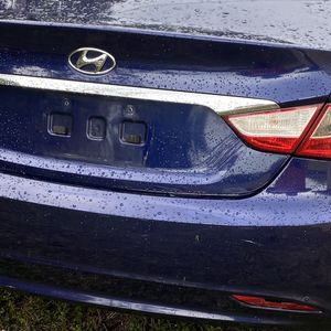 Parts Available 2011 Hyundai Sonata for Sale in St. Petersburg, FL