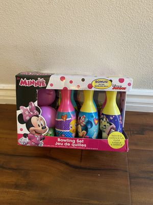 Minnie Mouse bowling set for Sale in Alhambra, CA