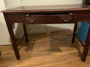 Brown Desk for Sale in Edgewater, NJ