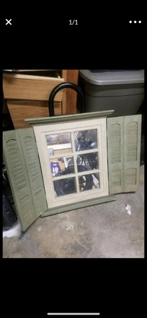 Wall Decour mirror for Sale in Moreno Valley, CA