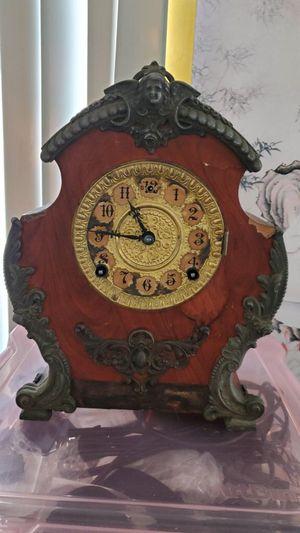 Antique Clock. for Sale in Huntington Beach, CA