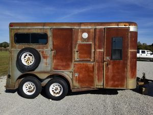 2 horse trailer for Sale in Zionsville, IN