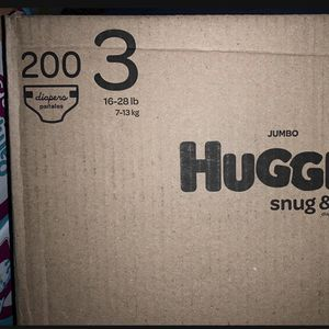Huggies Snug Dry size 3 diapers-pañales Trade/intercambio for Sale in Downey, CA