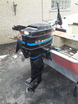 Lund 16-foot fishing boat with a 25 horse Mercury with trailer for Sale in Palatine, IL