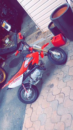 Fully stunted crf50 2005 for Sale in Staten Island, NY