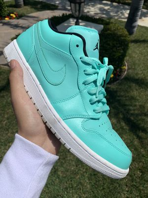 Jordan 1 Low (Hyper Turquoise) for Sale in Oxnard, CA