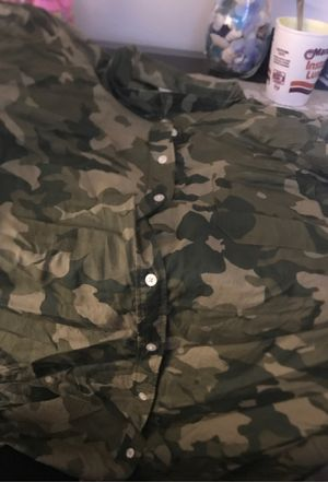 Camo Shirt for Sale in Edwardsville, IL