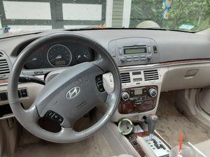 2006 Hyundai sonata v6 for Sale in Springfield, MA