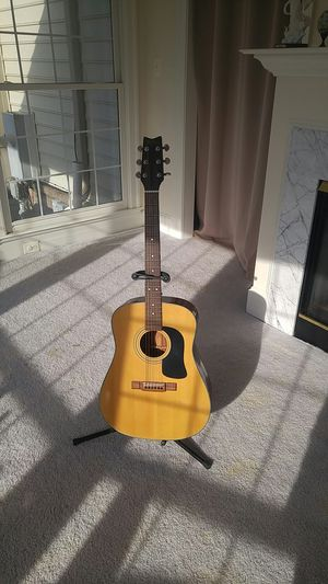 Acoustic Guitar for Sale in Haymarket, VA