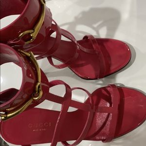 Gucci Hot Pink Sandals for Sale in Brooklyn, NY