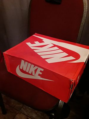 96 Pipens size 11 wit box for Sale in Henderson, NV