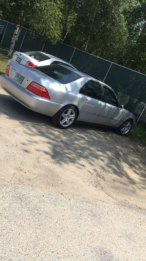 PARTS ONLY ACURA RL 3.5 for Sale in Lawrence, MA