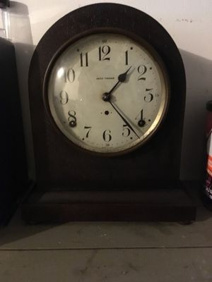 Seth Thomas beehive mantle clock for Sale in Wellington, OH