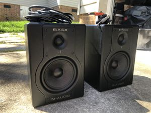 M-Audio BX5A Deluxe Active Studio Monitors / Speakers (Pair) for Sale in Taylors, SC