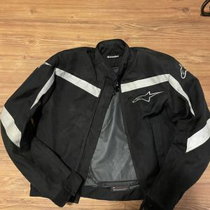 alpinestars men's Medium Jacket With Shoulder Elbow And Back Pads Inside for Sale in Vancouver, WA
