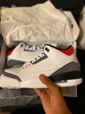 Air Jordan's 3 retro SE size 9.5 Ds for Sale in Oak Park, IL