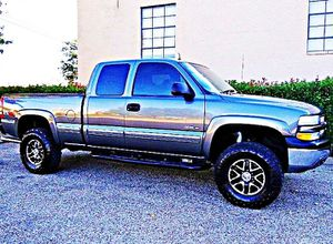 ֆ12OO 4WD Chevrolet Silverado 4WD for Sale in Bloomington, IL
