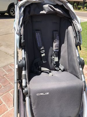 Uppa Baby Cruz Stroller for Sale in Phoenix, AZ