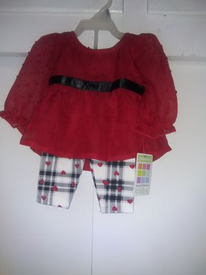 Nwt Newborn girl outfit, sheer red top with hearts by healthtex..$10.00 for Sale in Modesto, CA