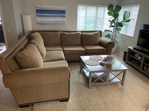 Super Comfortable, Clean Sectional Couch for Sale in Dana Point, CA