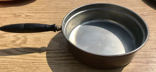 Copper Skillet. Pan. Vintage. Wood handle. for Sale in Covina,  CA