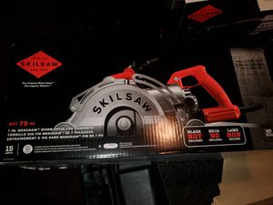 Skilsaw 7in worm drive saw concrete saw BRAND NEW for Sale in North Las Vegas, NV