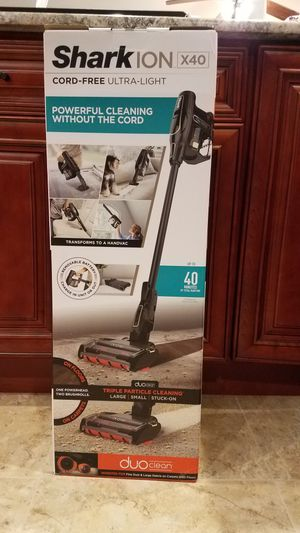 Shark X40 Lightweight Cordless Hand Vacuum Mode, DuoClean for Carpet & Hardfloor Cleaning, ION Battery (IR141), Charcoal Grey/Limestone for Sale in Garland, TX