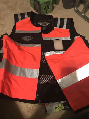 Harley Davidson motorcycle vest for Sale in Bacliff, TX
