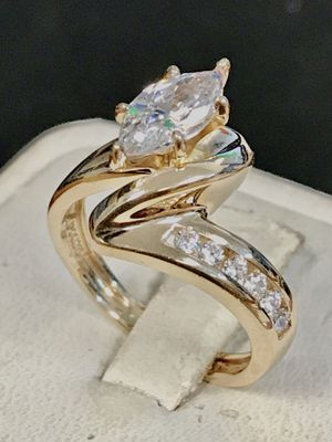 Gold & CZ engagement ring for Sale in Trenton, MI