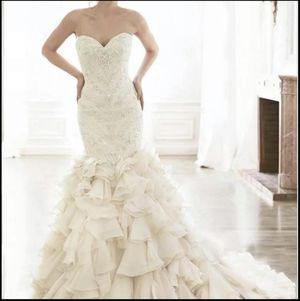 Maggie Sottero Serencia Wedding Gown Size 6 for Sale in Pepperell, MA