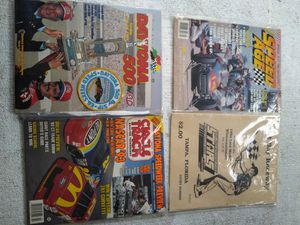 Magazines for Sale in Gibsonton, FL
