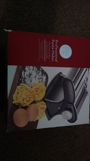 Professional PASTA MAKER for Sale in Mount Airy, NC