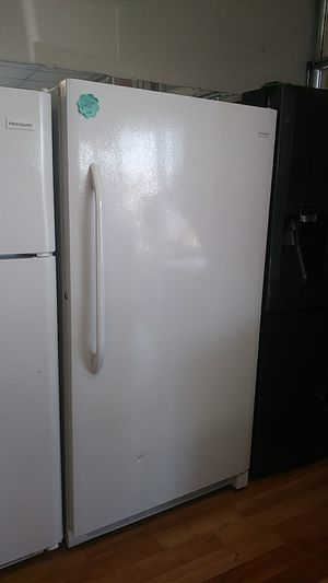 NEW FRIGIDAIRE FREEZER for Sale in Montclair, CA