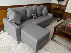 Sofa for Sale in Lilburn, GA