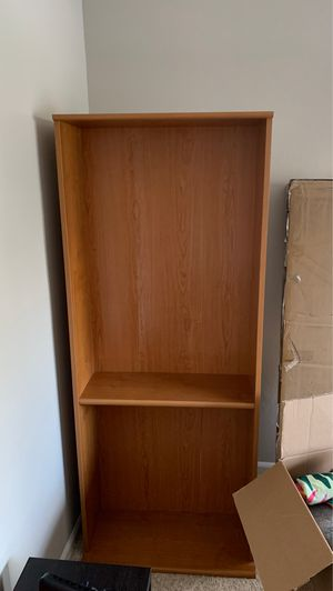 Bookcase with 4 shelves for Sale in Cary, NC
