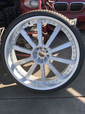 28 inch rims 4sale with brand new tires 295/25/28s universal fits big 5 bolt pattern for Sale in Oakland, CA