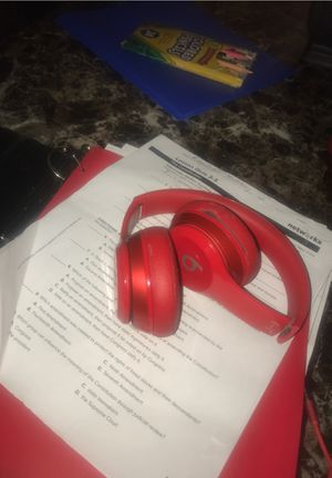 Beats Solo 2 for Sale in Eastlake, OH