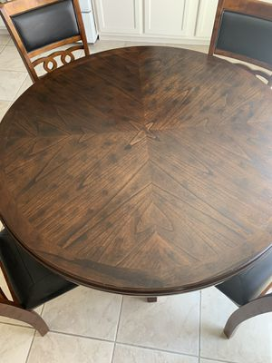 4 chairs and 3 bar chairs for Sale in Las Vegas, NV