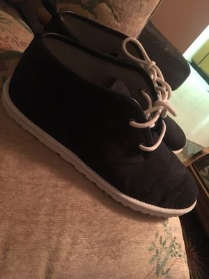 Ugg Casual Shoes for Sale in Alexandria, VA