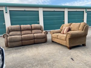 Beautiful couch and loveseat tan for Sale in Dallas, TX