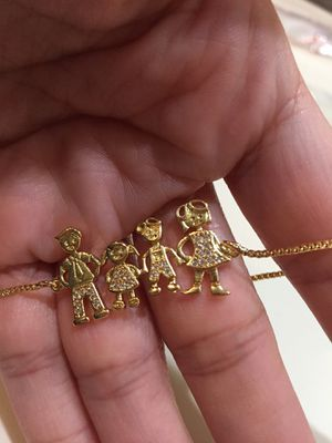Family charm bracelet for Sale in Perris, CA