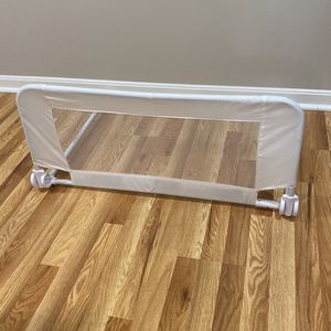 Toddler Crib Rail for Sale in Manassas, VA
