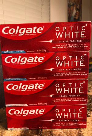 COLGATE OPTIC WHITE TOOTHPASTE for Sale in Laveen Village, AZ