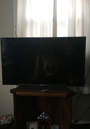 Sony 40 inch tv for Sale in Bristol, RI